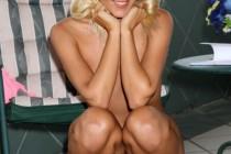 Free porn pics of Sophie Moone squating 1 of 50 pics